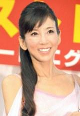 『歴代ジュエリーベストドレッサー表彰式』に出席した川島なお美 (C)ORICON NewS inc.
