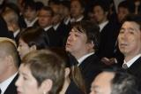 川島なお美さんの葬儀に参列した(左から)彦麻呂、吉田照美