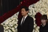 川島なお美さんの葬儀に参列した別所哲也
