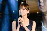 篠田は映画とドラマの両方に出演