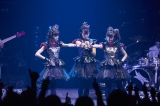 『BABYMETAL革命・完全版 〜少女たちは世界と戦う〜』はNHK総合で6日深夜放送(C)NHK