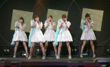 11月7日に日本武道館でコンサートを開催することを発表したJuice=Juice(左から)宮本佳林、植村あかり、高木紗友希、金澤朋子、宮崎由加