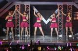 東京・中野サンプラザで全国ツアー東京公演を行ったJuice=Juice(左から)高木紗友希、金澤朋子、植村あかり、宮本佳林、宮崎由加