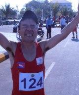 『2016リオ・オリンピック・カンボジア代表選考大会』マラソン競技で優勝した猫ひろし