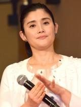 映画『探偵ミタライの事件簿 星籠の海』完成披露イベントに登壇した石田ひかり
