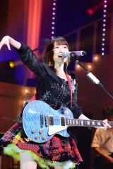 「前しか向かねえ」ではエレキギター演奏に初挑戦=『柏木由紀 1st Tour 〜寝ても覚めてもゆきりんワールド 日本縦断みーんな夢中にさせちゃうぞっ〜』東京公演2日目