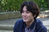 若き日のマサオは、映画『高台家の人々』で高台家の次男・和正を演じる間宮祥太朗が一人二役に挑戦