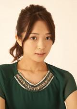 第1子出産を報告した長井梨紗
