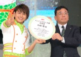 アンデスメロン大使に就任したBOYS AND MEN・小林豊(左) (C)ORICON NewS inc.