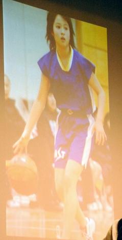 当時小学校6年生…バスケをする広瀬アリス「この仕事をしていなかったらプロのバスケット選手になりたかった」というほど熱中したという。=男子バスケットボール『B.LEAGUE』開幕日・対戦カード発表会見 (C)ORICON NewS inc.