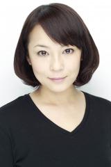 カフェ「浪漫」の店員・梢(こずえ)役に決まった佐藤仁美