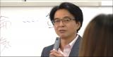 不倫についてのコメントを続けるジャーナリストの山路徹氏(C)テレビ朝日