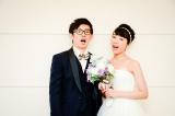 結婚を発表した(左から)芦沢ムネト、馬渕史香