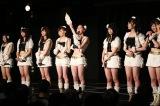 名古屋のSKE48劇場で速報の開票を見守ったメンバー(C)AKS