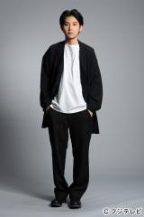7月よりスタートするフジテレビ系木曜劇場『営業部長 吉良奈津子』に出演する松田龍平