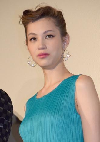 映画『高台家の人々』初日舞台あいさつに出席した水原希子 (C)ORICON NewS inc.