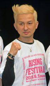 ライジングプロダクション『熊本地震復興支援ライブ』に出演したISSA