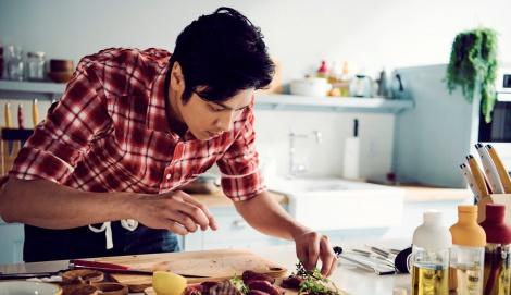 サムネイル 速水もこみちのキッチンブランド『MOCOMICHI HAYAMI』、展開されるアイテムは…?