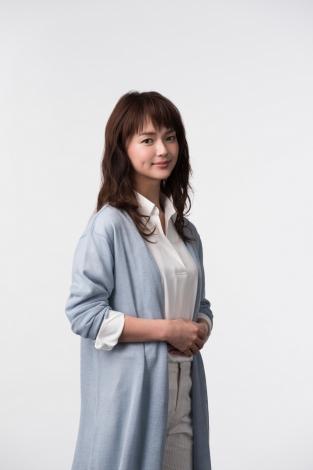 7月スタートのTBS系ドラマ『仰げば尊し』に出演する多部未華子 (C)TBS