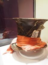 ジョニー・デップが劇中でかぶった帽子も特別に展示 (C)ORICON NewS inc.