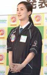 『ファミチキ発売10周年記念発表会』に出席した納富有沙 (C)ORICON NewS inc.