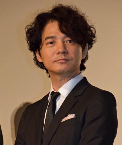 映画『64-ロクヨン-後編-』初日舞台あいさつを行った吉岡秀隆