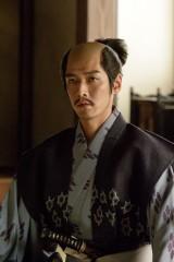大河ドラマ『真田丸』で直江兼続を演じる村上新悟(C)NHK