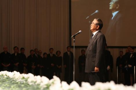 立川談志さんの『お別れの会』で弔事を読んだ石原慎太郎東京都知事 (c)Tomohiro Akutsu