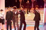StarSの仲間入り?(左から)渡辺麻友、ムロツヨシ、井上芳雄、山崎育三郎、浦井健治(C)WOWOW
