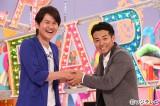南原清隆(左)がフジテレビ系『27時間テレビ』リレーMCに参戦
