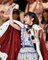 『第8回AKB48選抜総選挙』で1位を獲得した指原莉乃(C)AKS