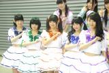 SUPER☆GiRLS新メンバー(左から)木戸口桜子、石橋蛍、小澤ルナ、阿部夢梨、長尾しおり (C)ORICON NewS inc.