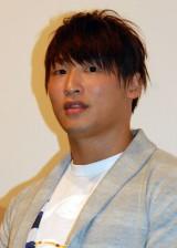 映画『大怪獣モノ』完成披露舞台あいさつに出席した飯伏幸太 (C)ORICON NewS inc.