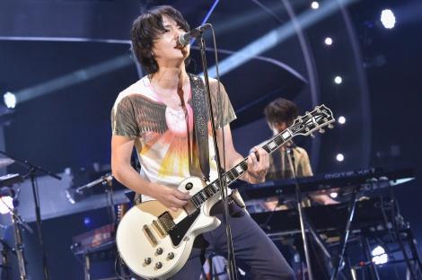 全国ツアーファイナルで20曲を熱唱したflumpoolのボーカル山村隆太