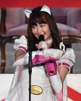 『第8回AKB48選抜総選挙』第16位で選抜入り! ついに姿を現したにゃんにゃん仮面(小嶋陽菜) (C)AKS