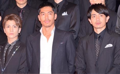映画『HiGH&LOW THE MOVIE』完成披露プレミアイベントに出席した(左から)岩田剛典、AKIRA、青柳翔 (C)ORICON NewS inc.