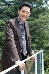 韓国大ヒット映画『暗殺』で同胞を裏切る日本密偵役を演じたイ・ジョンジェ