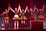 『JAPAN EXPO』(フランス・パリ)に初出演したベイビーレイズJAPAN(左から高見奈央、渡邊璃生、傳谷英里香、林愛夏、大矢梨華子)