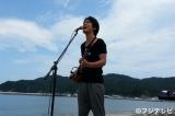 今年上半期最大の配信ヒット曲となった「海の声」を熱唱する桐谷健太