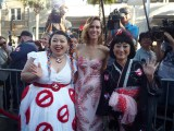 映画『ゴーストバスターズ』LAワールド・プレミアの模様(左から)渡辺直美、クリステン・ウィグ、友近