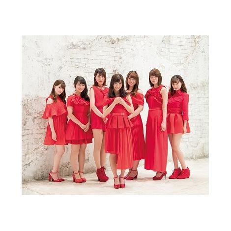 Type-Cカップリング曲「サヨナラが美しくて」を歌う柴田阿弥と4期生