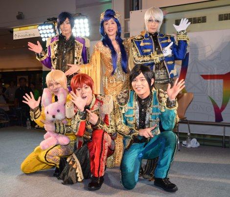 (前列左から)榊原タツキ、神生アキラ、朴ウィト、(後列左から)九瓏ケント、小林幸子、泉奏 (C)ORICON NewS inc.
