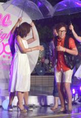 ずぶ濡れになった藤森慎吾=『CanCam×Shinagawa Prince Hotel Night Pool』のオープニングイベントの模様 (C)ORICON NewS inc.