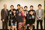 卓球日本代表選手とエールを交換しあったMISIA