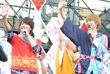 (左から)風切大和/ジュウオウイーグル役の中尾暢樹、天空寺タケル/仮面ライダーゴースト役の西銘駿