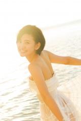 HKT48兒玉遥1st写真集『ロックオン』(ワニブックス刊)より