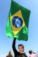 ブラジル・リオ・デ・ジャネイロ市で開催された国際交流基金主催の音楽イベントで「上を向いて歩こう」やデビュー曲を披露したマルシア