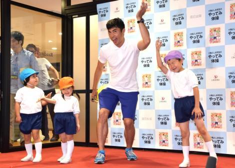 DVDブック『小島よしおのやってみ体操』発売記念イベントを行った小島よしお (C)ORICON NewS inc.