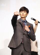 映画『秘密 THE TOP SECRET』公開直前イベントに出席した岡田将生