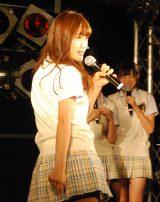 渋谷凪咲のセクシーポーズ=NMB48新曲「僕はいない」発売記念イベント (C)ORICON NewS inc.